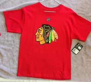 *NEW WITH TAGS* Chicago Blackhawks Patrick Kane Reebok T Shirt Sz L 14-16 (B16)
