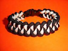 New 550 ParaCord Shark Jaw Bone ( Piranha ) Braid Bracelet Black & White Colored