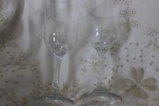 2 Wine Glasses Twisted Stems  Fine Rim verres à vin avec Twisted Tige