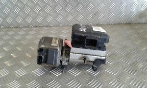 Pompe suspension hydraulique - CITROEN C5 I (1) - Réf : 9636713880