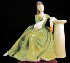 "Royal Doulton Figurine ""Secret Thoughts"" Hn2382"