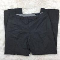 "Banana Republic Men's Gray ""Classic Fit"" Wool Dress Pants Size W34 L30"