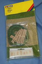 NOCH 15617 Garden Figures & extra's  Un-build KIT HO