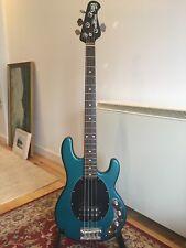 USA Musicman SUB 4 string active bass stingray bluemusic man sting ray