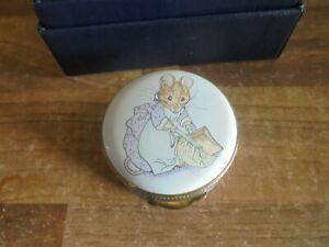 CRUMMLES Beatrix Potter Enamel pill box   - HUNCA MUNCA  -  Boxed Perfect