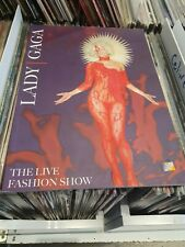 lady gaga  book livre  the live  fashion show numbered only 1000 ex france