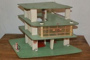 Ancien Garage Station Service Motul MGF