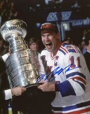 MARK MESSIER RANGERS  SIGNED AUTO 8X10 PHOTO OILERS