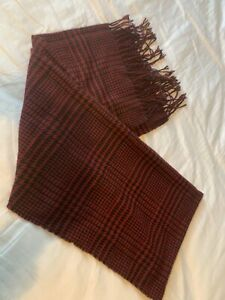 Lambswool Red Dogtooth Scarf