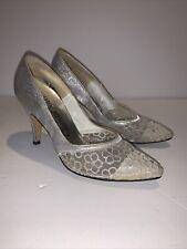 Vintage 1960s Stiletto Pumps Silver W Lace Toe Sz 7