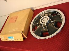67 68 69 CAMARO CHEVELLE IMPALA NOS GM 14 INCH SIMULATED MAG STYLE HUBCAP