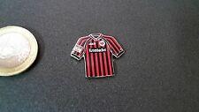 SGE Eintracht Frankfurt Trikot Pin 2012/2013 Home Badge Kit Krombacher