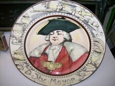Royal Doulton The Mayor Plate Professionals Series 10½ Inches D6283 w/Hanger