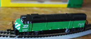 Minitrix Locomotive Burlington Northern N Scale 9mm #2049 Diesel Engine Beauty