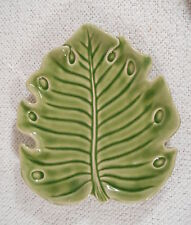 MONTEREY COLLECTION - HOME / Studio - Green Leaf Shaped Salad Plate