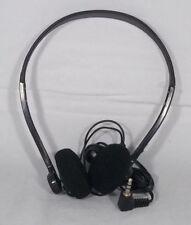 Écouteurs noirs audio et hi-fi avec fil