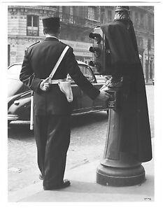 Ilse BING: Police, Paris, 1936 / Silver print / Ptd 1989 / SIGNED!
