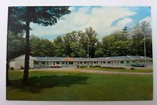 Postcard Maine South Paris Goodwin's Motel Route 26 c1950s Old Cars Unposted