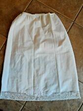 Barbizon Petti Bonne Tafredda vintage half slip white Small lace embroidery knee