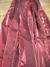 1 COUPON DE TISSU EN SATIN CHAMARÉ BRILLANT ROUGE / 125 CM X 140 CM /N°10