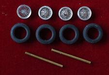Pièces détachées miniatures automobiles : roues rayons avec axes et pneus X4
