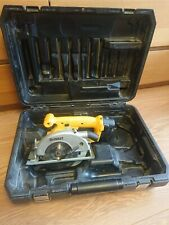 Dewalt saw dw935 14.4v 136mm with battery and case without charger