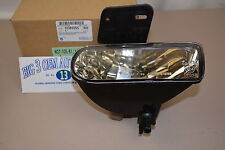 GMC Sierra Yukon Right Hand Passenger Side FOG LAMP new OEM 10385055