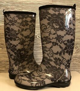 KAMIK Black Goth FLORAL Lace CURVY Knee High RUBBER RAIN BOOTS Pull On Women's 7