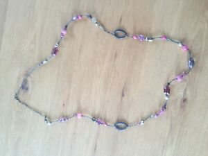 Wallis Necklace used good condition