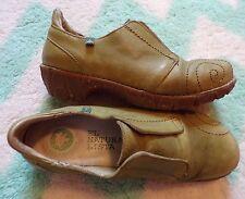 EL NATURALISTA iggdrasil apple green leather loafers rare 40 9 8.5