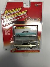 1967 FORD FAIRLANE 500 XL GOLD DIECAST JOHNNY LIGHTNING CLASSIC GOLD 2016