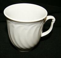 Seltmann Weiden Porzellan Leonore uni  Becher mit Henkel 0,25 l weiß
