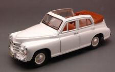Gaz M20 Pobeda (Vittoria) Landaulette 1946-58 White (Russian Car) 1:24 Model