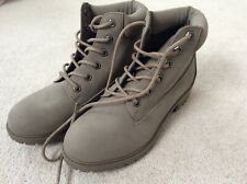 BRAND NEW GREY PRIMARK PROMO BOOTS IN SIZE 7