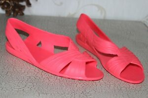 Cerise Pink Soft Rubber Ladies Summer Sandals  Flats Shoes size 6