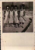FOTOGRAFIA ANNI '30 - GRUPPO DI AMICI VESTITI DA CARNEVALE -