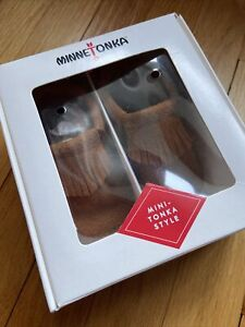 New in Box Minnetonka Mini-Tonka Style Infant Alex Brown size 4