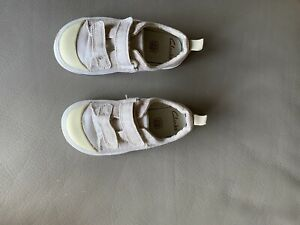 clarks toddler shoes size 6 G