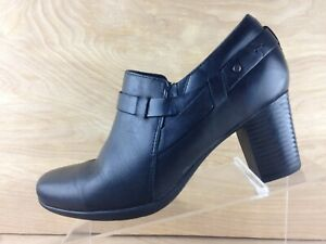 Clarks Bendables 67779 Womens Black Leather Side Zip Ankle Bootie U.S. Size 9M