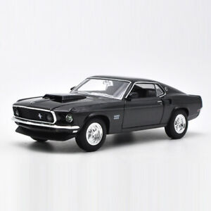 Vintage 1969 Ford Mustang Boss 429 1:24 Scale Model Car Diecast Collection Black