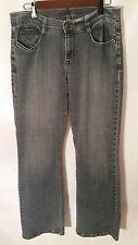 Foster Jeans Women's Boot-Cut Medium Fade Wash Distressed Stretch Size 10 j5