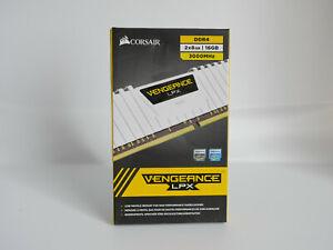 Corsair 16GB (2X8GB) DDR4 3000MHz Vengeance LPX DDR4 Memory - White