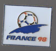 Pin's football / coupe du monde - France 98 (signé impex 1994 isl tm)
