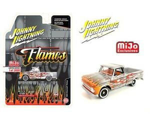 PRE-ORDER JOHNNY LIGHTNING 66 CHEVY PICK UP SILVER WITH FLAMES / MIJO EXCLUSIVE