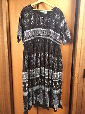 LA CERA 2X Black/White Light Cotton Dress Lounger (52 inch bust)