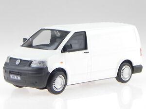 VW T5 GP furgone 2010 bianco modellino in Vitrine Cararama 1:43