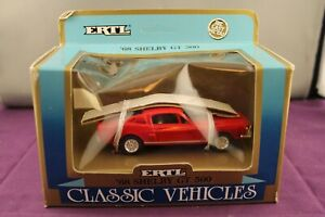 ERTL Classic Vehicles #2804 Shelby GT 500 1968 Red