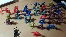 Vintage Plastic Cowboys And Indians Toys