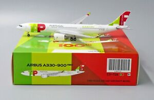 JC Wings 1:400 TAP Air Portugal A330-900 NEO 'First to Fly' CS-TUA Diecast Model