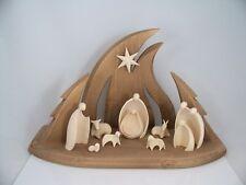 Weihnachtskrippe aus Holz geschnitzt: Stall + 11-teiliges Figuren Set neu Krippe